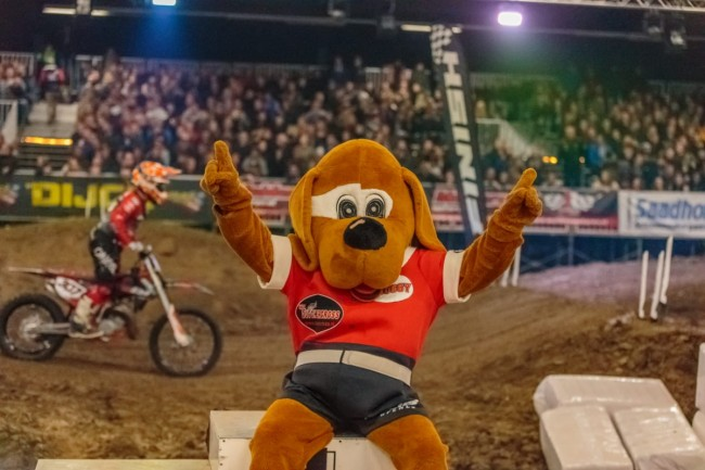 Harri Kullas wint de eerste avond in Zuidbroek!