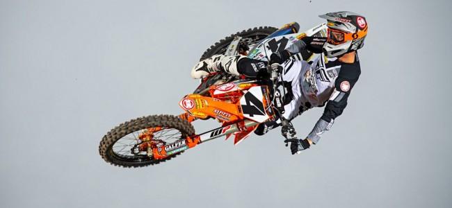Zie de Rocky Mountain KTM fotoshoot