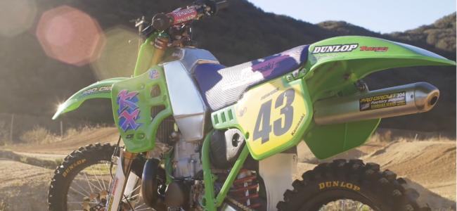 Video: Tyler Bowers rijdt supercross met een KX500