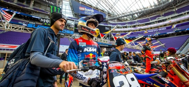 Minneapolis Supercross: Inside the pits