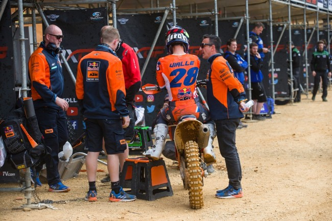 Video: Highlights Qualifying MXGP Saint Jean d'Angely 2019