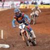 Dean Ferris maakt een sterke rentree met KTM