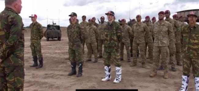 VIDEO: Generaal Assendelft vuurt de Nederlandse MXON troepen aan!