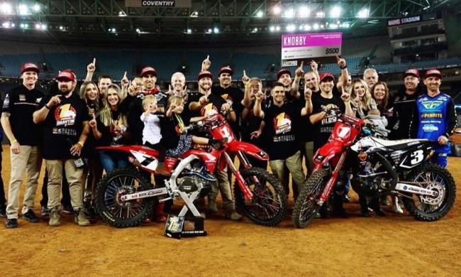 Penrite Honda Racing wint beide titels in Melbourne!