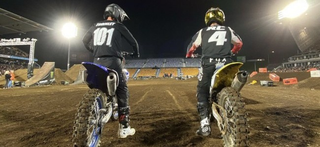 Video: Carmichael vs Townley in Auckland Supercross