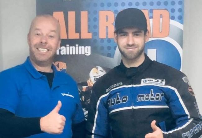 Brian Bogers geslaagd voor motorrijbewijs