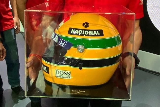 Een speciaal cadeau voor Tim Gajser van Honda Brazilië