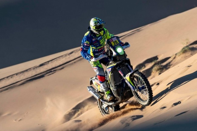 Ook Johnny Aubert crasht in de Dakar Rally