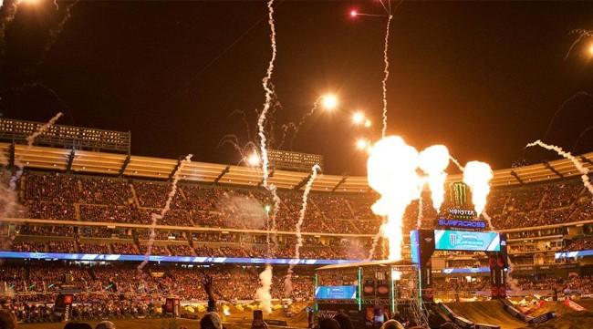 Coronacrisis: Supercross promotor Feld ontslaat 90% werkkrachten