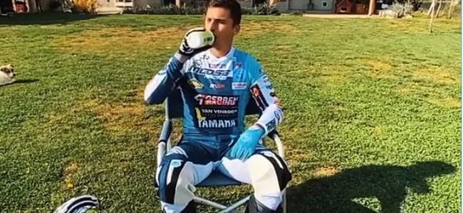 VIDEO: Alessandro Lupino test zelf gemaakte motorcrossbaan!