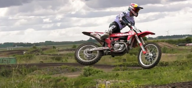 VIDEO: Glenn Coldenhoff amuseert zich rot!