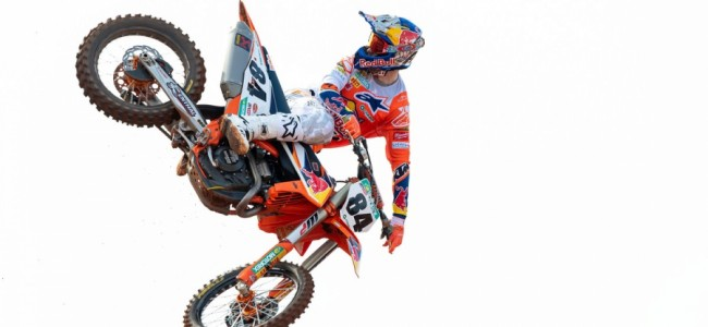 Jeffrey Herlings wint eerste manche Axel!