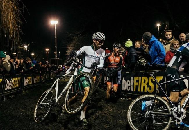 VIDEO: Stephen Hyde en Curtis White over Cyclocross in België
