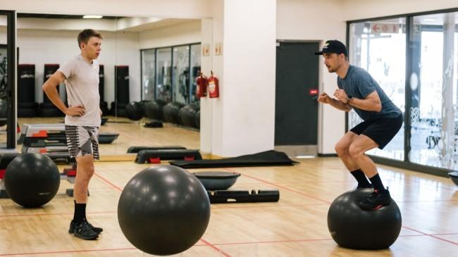 VIDEO: De gymroutine van Nino Schurter