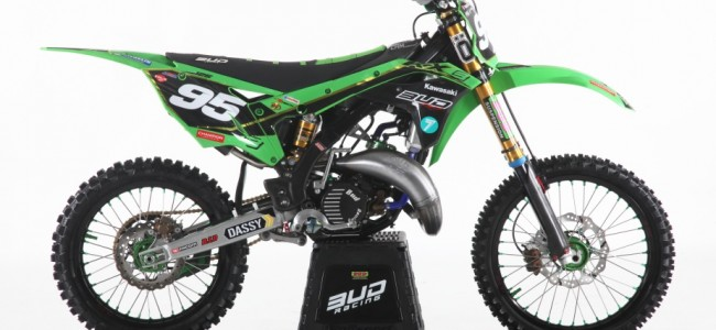 FOTO: Bud Racing viert 25ste verjaardag met vette KX125