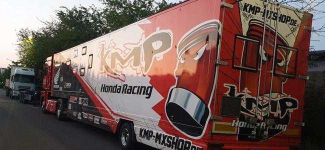 KMP Honda Racing op zoek naar nieuwe trailer!