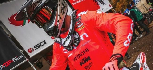 Adam Sterry blijft bij Team Hitachi KTM UK!
