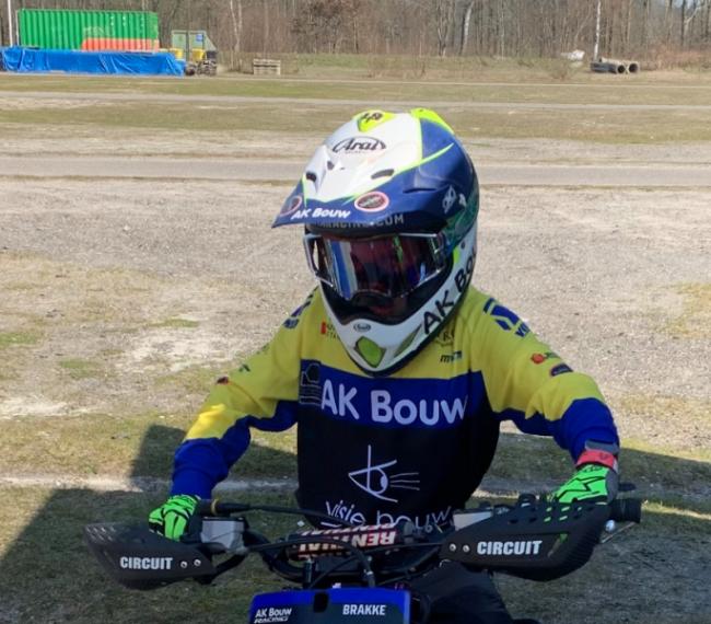 AK Bouw-Hutten Metaal Junior MX Team 2021