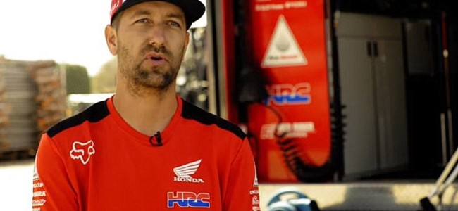 VIDEO: dit gebeurd er met de Honda van Roczen na elke race