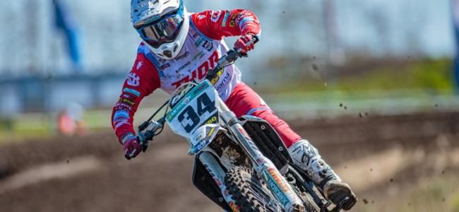 Micha-Boy De Waal wint MX1 in Blargies
