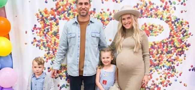 Brayton als verloskundige bij geboorte derde kind