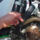 """VIDEO: de """"sag"""" meten met het Motoklik systeem!"""